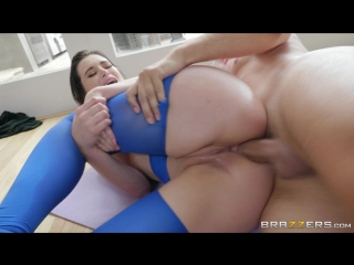 Lana Rhoades & Keiran Lee - Exercise Balling