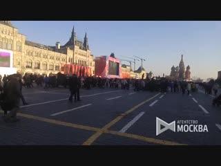 Выставка военной ретро-техники на Красной площади