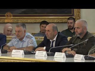 Cовещание с участием Полномочного Представителя Президента России в СКФО Александра Матовникова.
