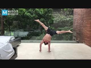 Conor mcgregors coach - ido portal - muscle madness