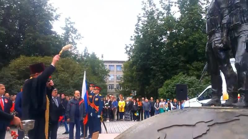 Колпино торжественно открыли памятник воинам-интернационалистам