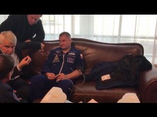 Первое видео с Овчининым и Хейгом после аварийной посадки экипажа Союз МС-10