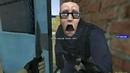 Black Mesa Scientist Attempts Nonstandard Door Insertion Procedure