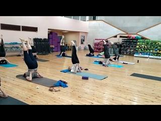 Инструктор по йоге Юлия Жукова: Саламба Сарвангасана - асана с сильным терапевтическим воздействием