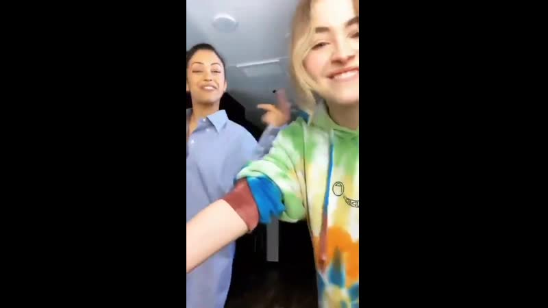 Sabrina Carpenter and Liza Koshy