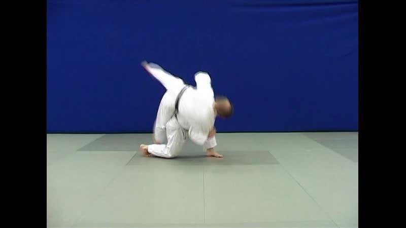 Учи-макикоми — бросок через спину вращением с захватом руки на плечо   ДЗЮДО-JUDO
