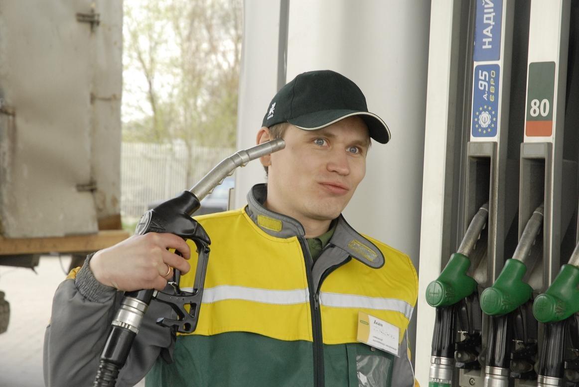 В интернете поднялась новая волна недовольства ценами на бензин, которую поддержали многие выксунцы.