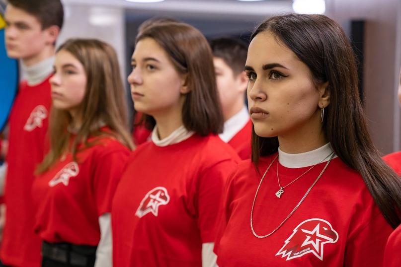 Российская «Юнармия»: равнение на советскую «Молодую гвардию», изображение №3