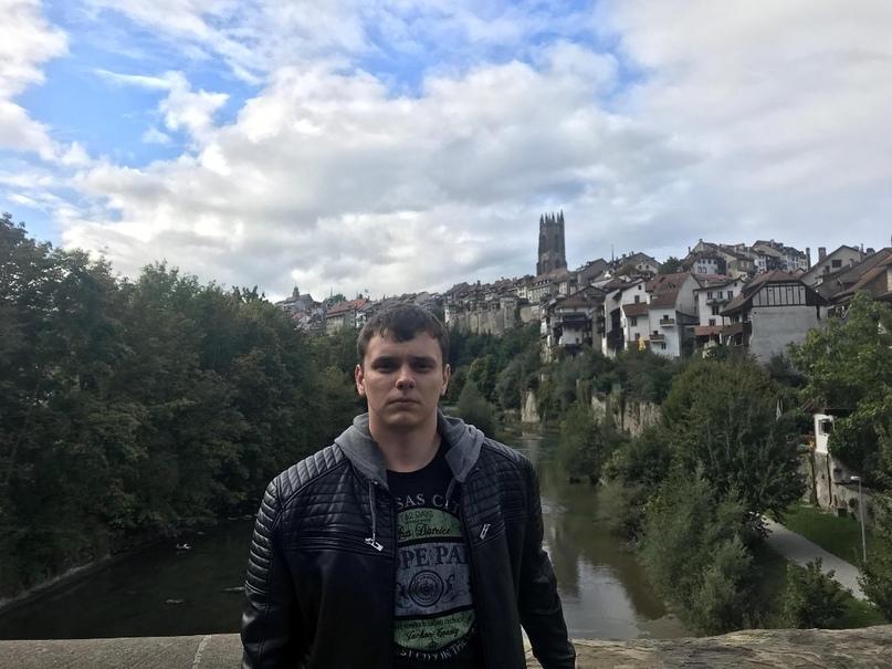Roman, 24, Riga