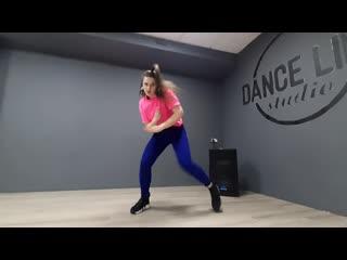 Afro dance freestyle elena zhaglina\ burna boy\nappy #aye