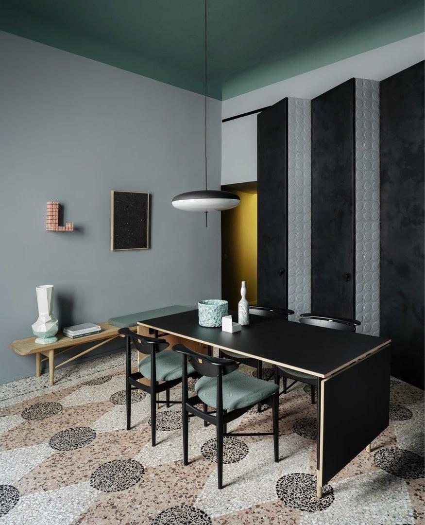 Темное царство: квартира в Милане