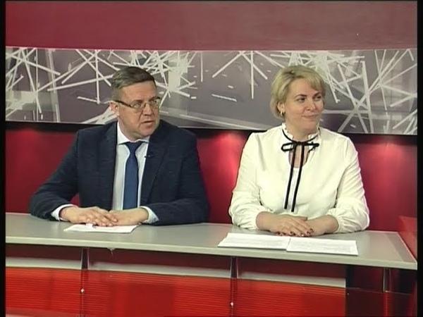 На первом плане Виктория Кулыгина, Павел Магничкин