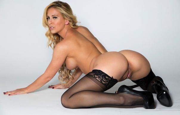 Cherie Deville 7