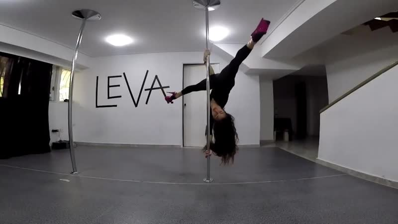 Korina Leva Pole Dance Training 2019