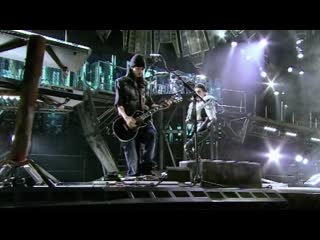 Tokio hotel – «forever now» – (humanoid city tour # live in milan # 2010)
