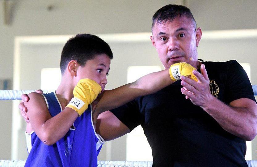 Костя Цзю проведет мастер-класс по боксу в КЧР