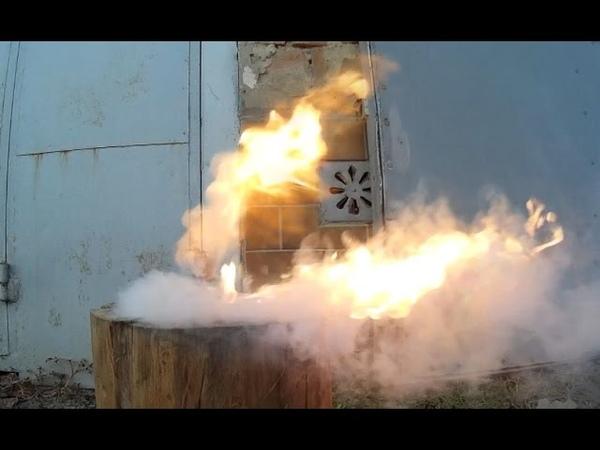 Самовозгорание литиевого Li-ion аккумулятора. Ignition of the lithium battery.