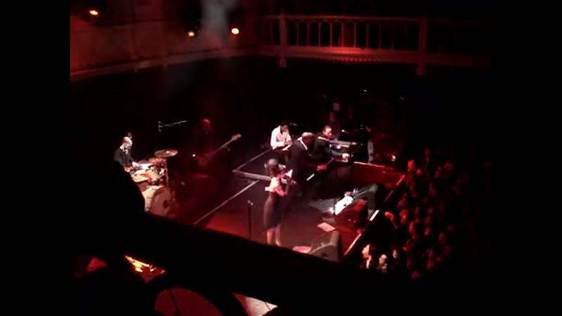 Amy Winehouse - Rehab (Paradiso, Amsterdam, 08.02.2007)