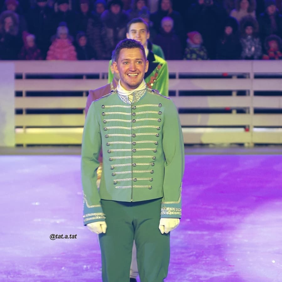 Ледовые шоу-6 - Страница 42 IxtKrNNYeQE