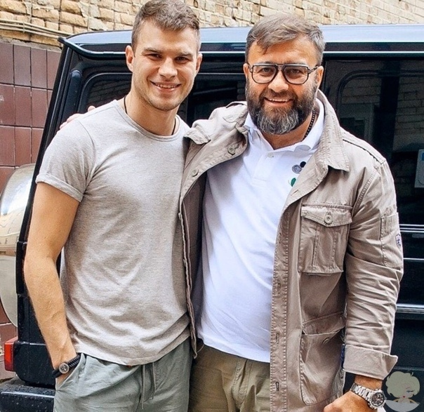 Михаил Пореченков с красавчиком сыном Владимиром