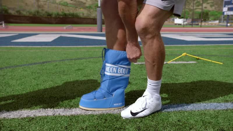 Peytons.Places.S01E13.Foot.ball.