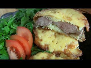 ОТБИВНАЯ МЕДВЕЖЬЯ ЛАПА на сковороде. Рецепт от VIKKA video.(Ингредиенты в описании видео)