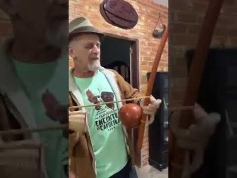 Abadá-capoeira 2019 - mestre camisa - berimbau e quem me guia