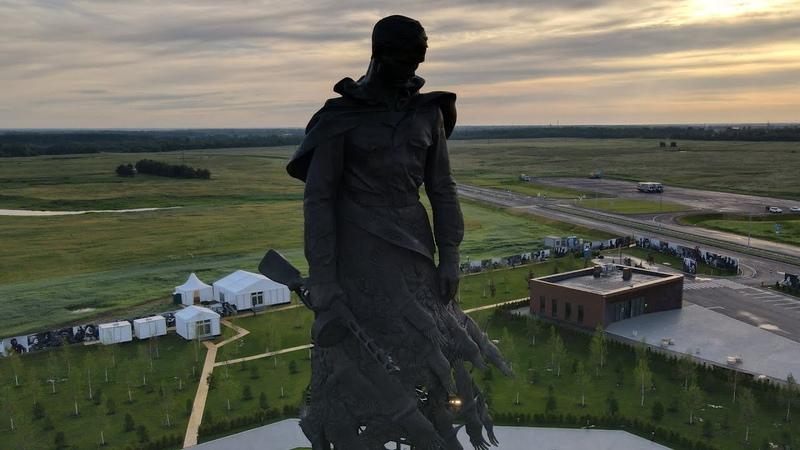 Солдат на рассвете. Ржевский мемориал (DJI MAVIC AIR 2)