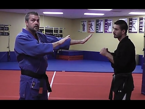 How to defend against a street fight punch avoid a one punch knockout Victor Marx