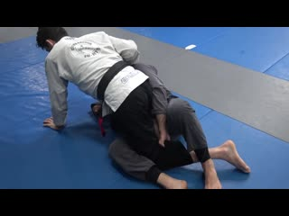 Double leg trap sweep from half guard (Lachlan Giles) double leg trap sweep from half guard (lachlan giles)
