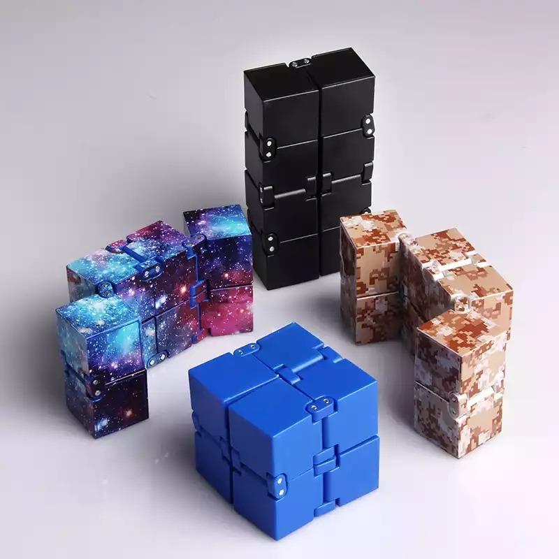 Кубик бесконечности -