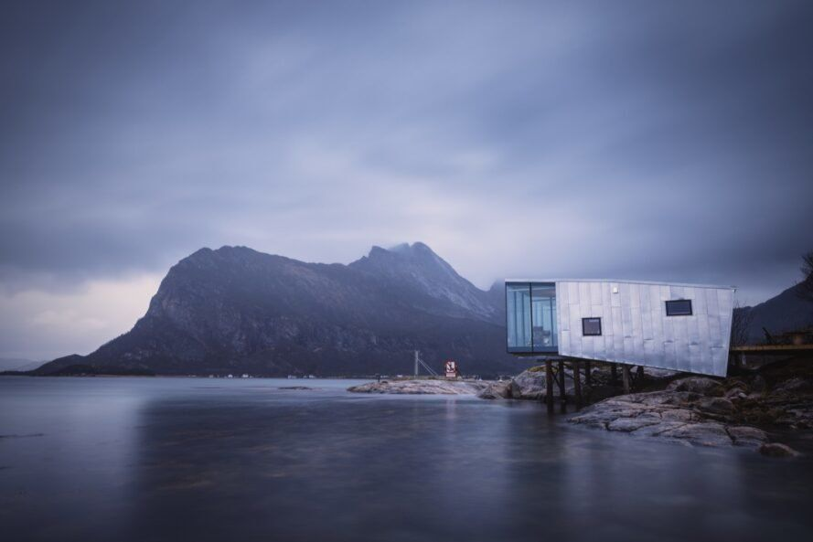 Номер на берегу / Норвегия