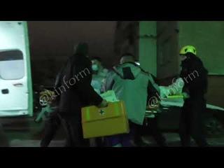Девушка выпала из окна 5 этажа ночью в Сургуте