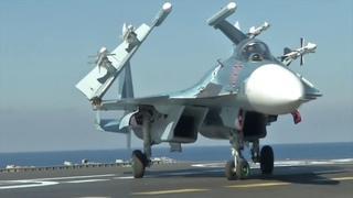 Взлеты самолетов с крейсера «Адмирал Кузнецов» у берегов Сирии