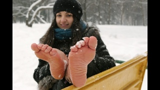 9 barefoot winter chicks... 2011