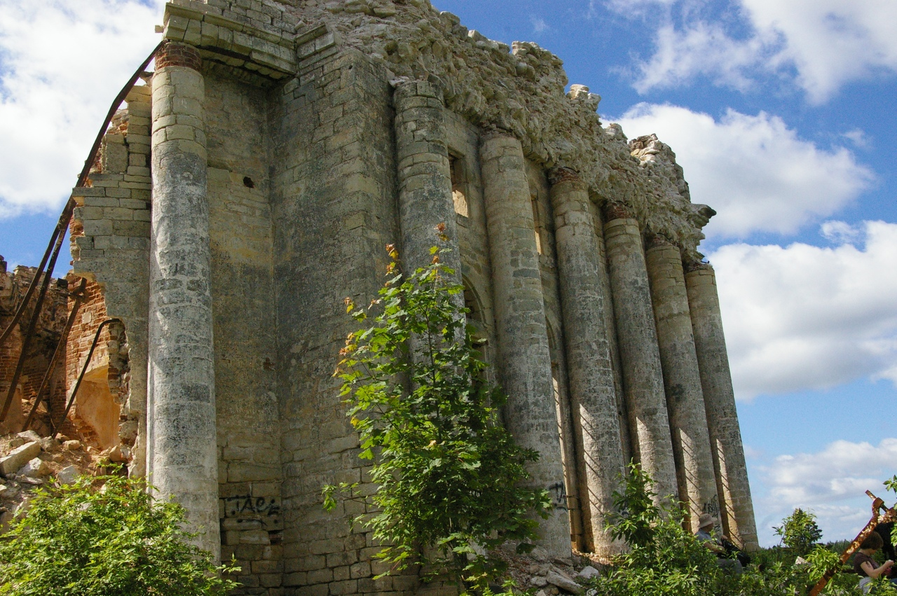 Елизаветино и Пятая Гора. Руины старинных храмов
