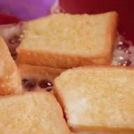 id_28678 Гренки с сыром к завтраку или для перекуса 😋  Автор: Appetitno TV  #gif@bon
