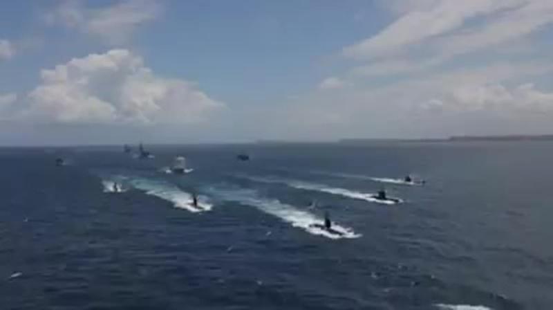 Видео прибытия 5 мая в Александрию из Германии третьей построенной для египетского флота дизель-электрической подводной лодки не