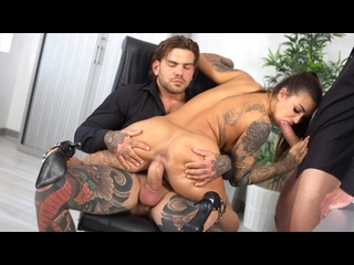 Susy Gala - 3Some Office Intercourse For Sexy Spanish Busty