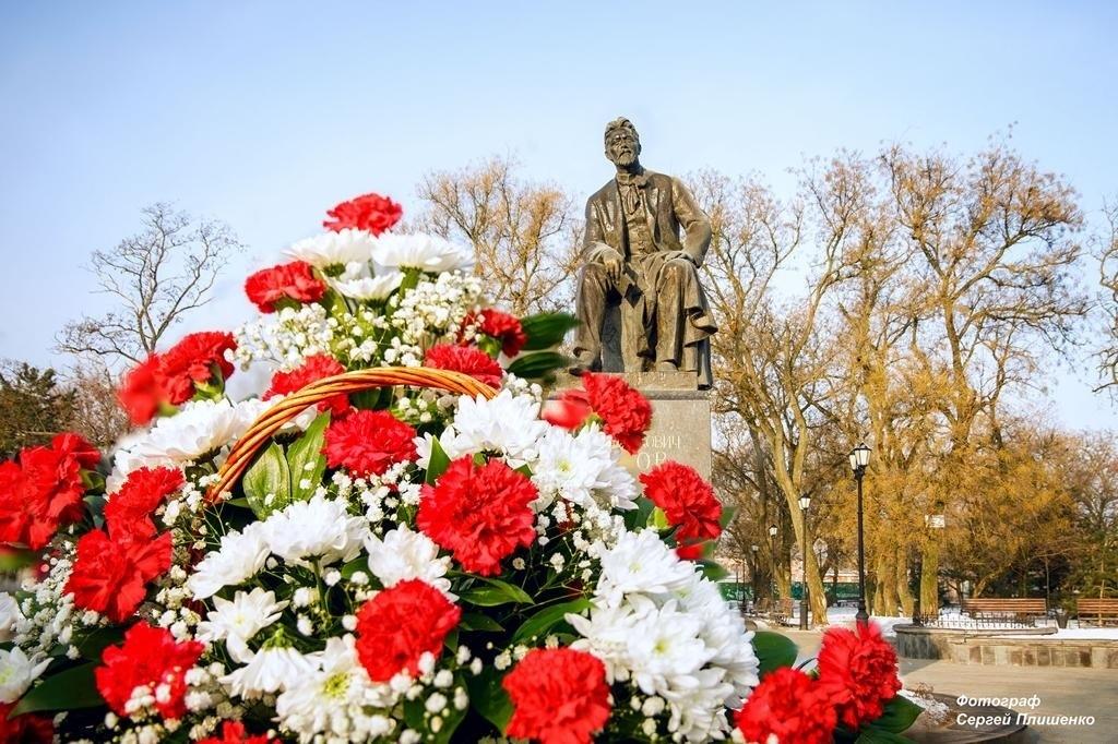 В образовательных организациях Таганрога проведены мероприятия, посвященные Дню рождения А.П. Чехова