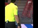 Бробби промахнулся с пенальти, послав мяч за пределы стадиона
