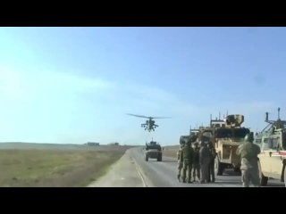 Вертолеты сопровождения Ми-8АМТШ и Ми-35 ВКС России на северо-востоке Сирии