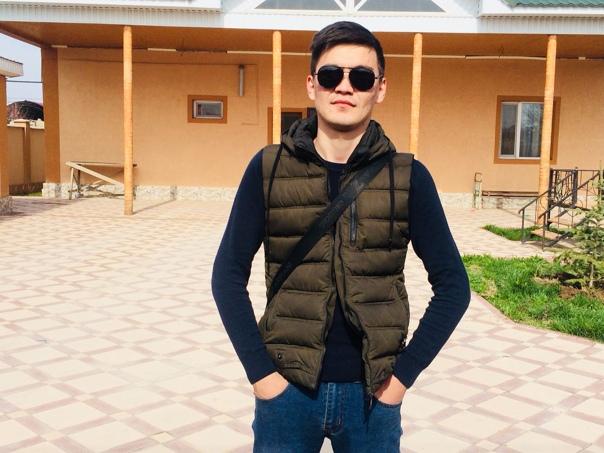 Жасик Ағманов, Шымкент, Казахстан