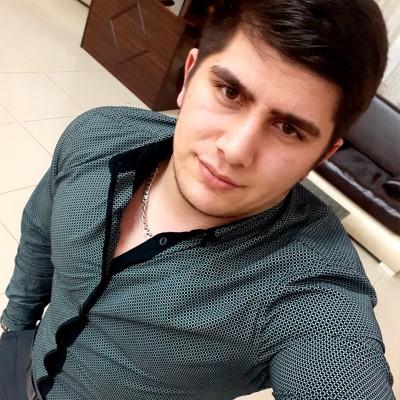 Сархан Гулиев