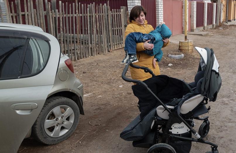 Ульяна Глухова как председатель астраханского отделения ВОРДИ сама принимала участие в качестве наблюдателя в приемке «массовых» закупок у поставщика