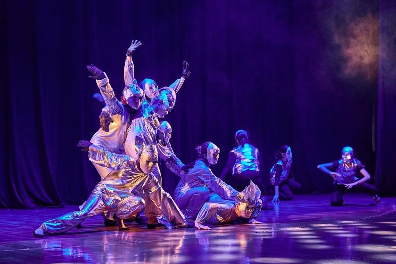 """Сегодня вечером на сцену Городского концертного зала выйдет театр-студия """"МЮСЛИ"""" с пластическим спектаклем """"Маленький принц""""... Тула"""