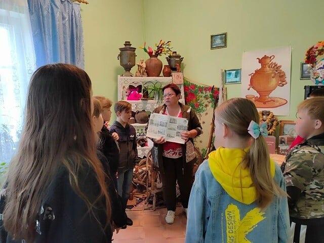 В Петровском районе работники сельских домов культуры знакомят юных односельчан с историей родного края