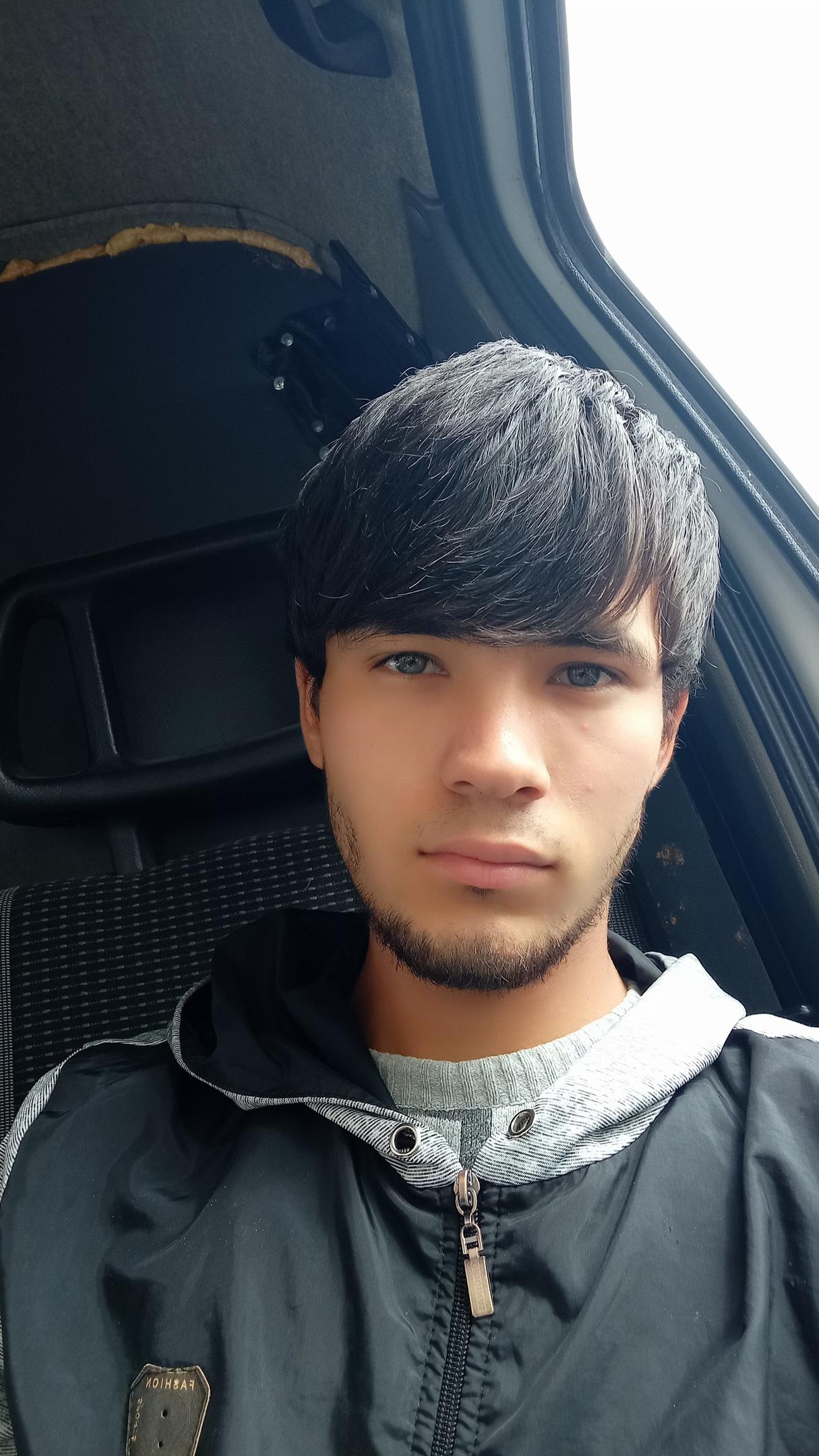 Али, 19, Omsk