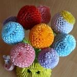 Шарообразные цветы из бумаги (МК)
