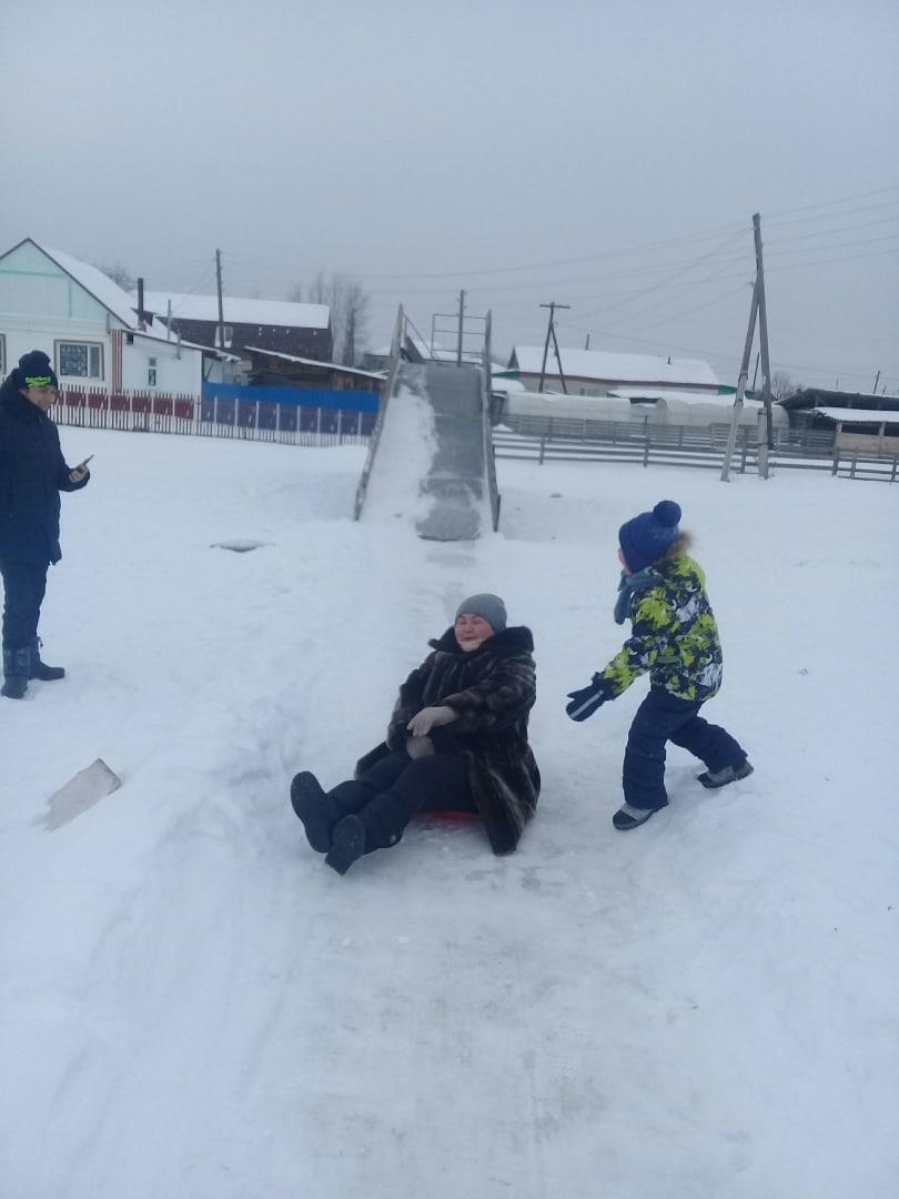 А вот на территории Слободчиковского сельского поселения 9 января прошли